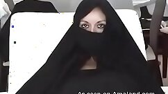 Arab milf takes a big big cock xxx bengali princess and iraqi girl