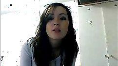 Asian sweet teen strips on webcam
