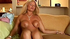 Best of Cougar Ris Sound: Forget your panties when feeling kinky